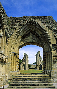 Europe, Great Britain, England, Somerset, Glastonbury, ruins of the abbey church Glastonbury