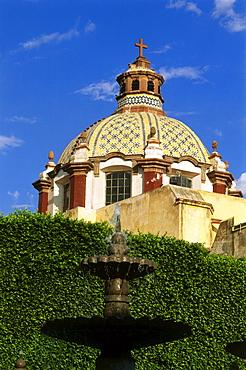 View of a temple, Templo de Santa Clara, Jardin Guerrero, Queretaro, Mexico