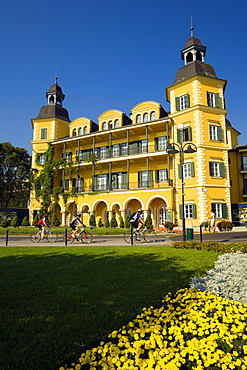 Hotel Schloss Velden, (served as the location for the TV series Ein Schloss am Woerthersee), Velden, Woerthersee (biggest lake of Carinthia), Carinthia, Austria