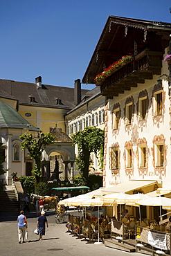 Market place with Cafe Konditorei Wallner, St. Wolfgang, Upper Austria, Salzkammergut, Austria