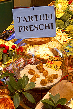 Switzerland, Tessin, Lugano, old city center, Via Pessina, delicatessen, Porcini