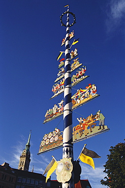 May Pole, Viktualienmarkt, Alter Peter, Munich, Bavaria, Germany
