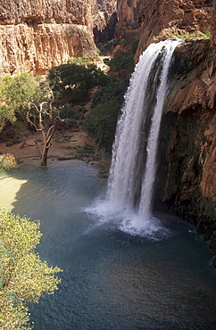 Havasu falls, Havasupai Indian Reservation, Grand Canyon National Park, Arizona, US