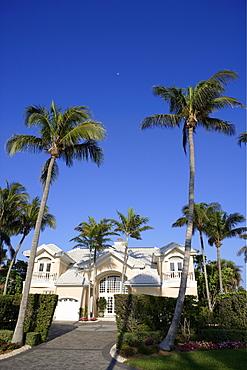 Villa on Gulf Shore boulevard, Naples, Florida, USA