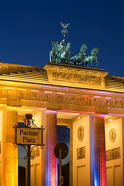 Berlin, Pariser Platz, Brandenburger Tor, Festival of lights 2006, Quadriga