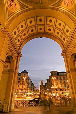 Switzerland, Zurich, railway station at twilight Portal towards the Bahnhofstrasse