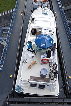 Le Boat Grand Classique houseboat on Arzviller boat lift (Saint-Louis-Arzviller Inclined Plane) on Canal de la Marne au Rhin, Arzviller, Lorraine, France