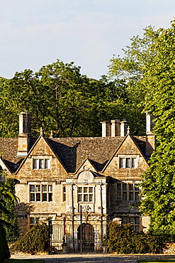 Entrance of the Upper Slaughter Manor, Upper Slaughter, Gloucestershire, Cotswolds, England, Great Britain, Europe