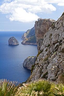 Hiking on Mallorca, Mirador de la Creueta, Cap Formentor, Mediterranean Sea, Cap de Formentor, Serra de Tramuntana, UNESCO World Nature Site, Mallorca, Spain