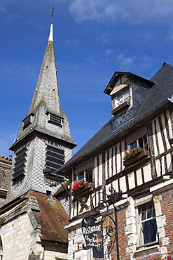 Restaurant du Vieux Honfleur and church, Honfleur, Calvados, Basse-Normandy, France