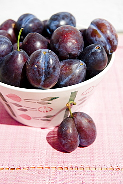 Bowl of plums, Fruit
