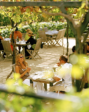 People sitting on the terrace of the restaurant of Black Barn Vineyards, Havelock North, Hawke´s Bay, North Island, New Zealand