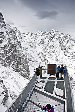 AlpspiX viewing platform, skywalk, Zugspitze, Garmisch-Partenkirchen, Bavaria, Germany