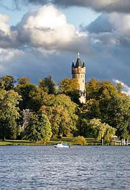 Tiefen See Lake on the Havel, Sailors' House and Flatow Tower in Park Babelsberg, Potsdam, Land Brandenburg, Germany