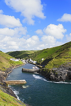 Harbor and landscape, Boscastle, Cornwall, England, United Kingdom