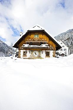 Large cuckoo clock, Hofgut Sternen, Ravenna Gorge, near Freiburg im Breisgau, Black Forest, Baden-Wuerttemberg, Germany
