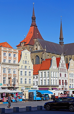 Neuer markt with St. Mary's church, Marienkirche, Hanseatic town of Rostock, Mecklenburg Western Pommerania, Germany