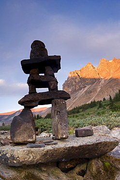 Inukshuk and Mount Tekarra, Skyline Trail, Jasper National Park, Alberta