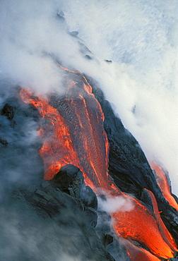 Hawaii, Big Island, Kilauea Volcano, Lava flowing into sea
