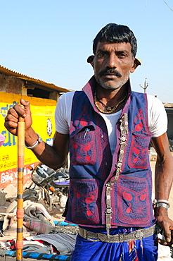 Maldhari Gujjar with his traditional attire, Gujarat, India, Asia