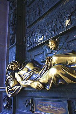 Everard 't Serclaes Monument, Brussels, Belgium, Europe