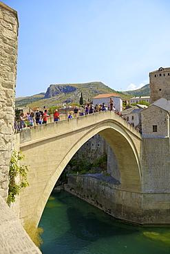 Stari Most (New Old Bridge), UNESCO World Heritage Site, Mostar, Bosnia, Bosnia-Herzegovina, Europe