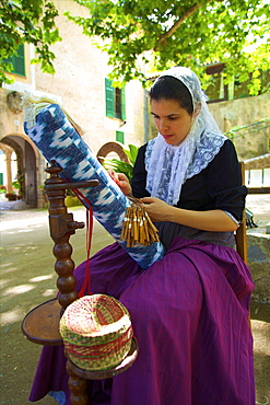 Weaving, Sa Granja, Mallorca, Spain, Europe