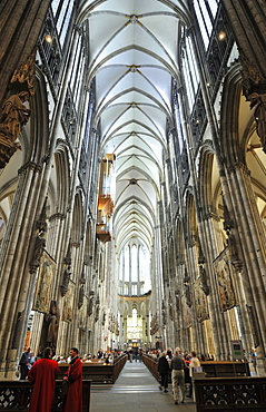 Middle nave, Cologne Cathedral, Cologne, North Rhine-Westphalia, Germany / Köln, Kolner Dom, Kölner Dom