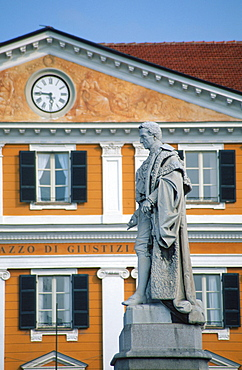 Statue of Barbaroux at Piazza Galimberti, Cuneo, Piemont, Italy