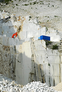 Quarrying for marble, quarry, Carrara, Italy