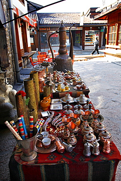 Brass and copper pots for sale on stall, Sarajevo, Bosnia, Bosnia and Herzegovina, Europe