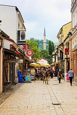 Shoppers in Bascarsija bazaar in Sarajevo, Bosnia and Herzegovina, Europe