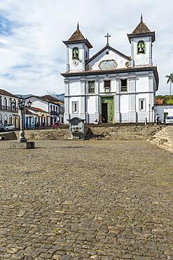 Cathedral da Se (Basilica de Nossa Senhora da Assuncao), Mariana, Minas Gerais, Brazil, South America