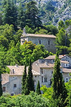Medieval village of Oppede le Vieux, Vaucluse, Provence Alpes Cote d'Azur region, France, Europe