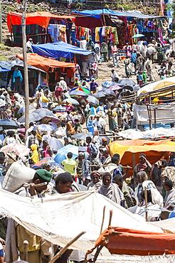 Crowded Lalibela market, Amhara region, Northern Ethiopia, Africa