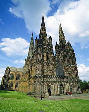 Lichfield Cathedral, Lichfield, Staffordshire, England, United Kingdom, Europe