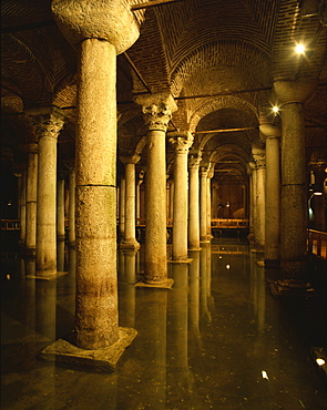 Yerebatan Saray, underground cistern, Istanbul, Turkey, Europe