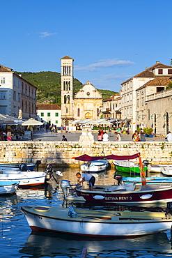 Hvar's picturesque harbour, Stari Grad (Old Town), Hvar, Dalmatia, Croatia, Europe - 1158-467
