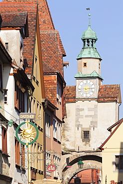 Roderbogen Bow and Markusturm Tower, Rothenburg ob der Tauber, Romantic Road (Romantische Strasse), Franconia, Bavaria, Germany, Europe