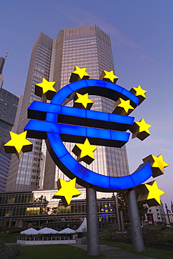 Euro symbol in front of the European Central Bank, Frankfurt, Hesse, Germany, Europe
