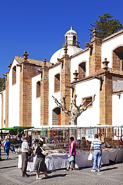 Sunday market at the church of Basilica de Nuestra del Pino, Teror, Gran Canaria, Canary Islands, Spain, Europe