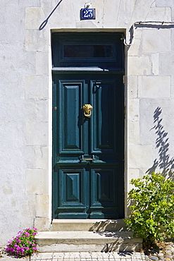 Doorway, Ile de Re region of France.