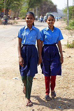 Indian schoolgirls in school uniform at Sawai Madhopur in Rajasthan, Northern India
