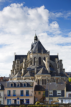 Basilique Notre Dame, Basilica of Our Lady at Mayenne, France