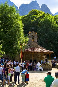 Festival of Our Lady of the Virgin of Corona, at Ermita de Corona, Valle de Valdeon, Picos de Europa, Spain, Europe