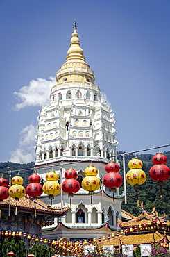 Kek Lok Si Temple during Chinese New Year period, Penang, Malaysia, Southeast Asia, Asia