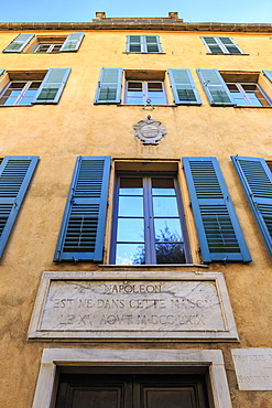 Maison Bonaparte, yellow with blue shutters, Napoleon's birth place, now a national museum, Ajaccio, Island of Corsica, France, Europe