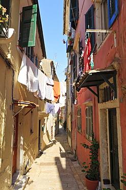 Narrow street and washing, Old Town, Corfu Town, UNESCO World Heritage Site, Corfu, Ionian Islands, Greek Islands, Greece, Europe
