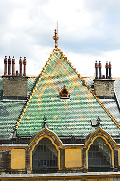 Hungarian art nouveau architecture by vñdv?n Lechner 'Äì the colourful pyrogranite roof of the former post office bank, Budapest, Hungary (detail)