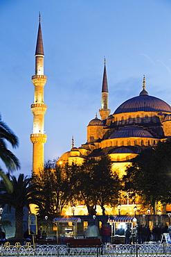Sultan Ahmet Mosque at dusk in Istanbul, Turkey